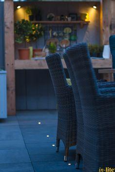 Sfeervol buitenleven   Terras   Buitenkeuken   Kruidentuin   Buitenspot MINI SCOPE   Tuinverlichting 12V   Grondspot FUSION 22   Outdoor lighting