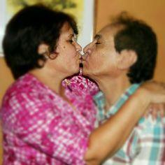 Ricardo Portillo y su inseparable compañera y esposa Lorena, hermosa familia. - @digital58- #webstagram