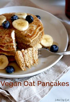 These homemade vegan oat pancakes are gluten free, fluffy and delicious; not to mention simple to make! The gluten free vegan oat pancakes are made completely from scratch for a delicious vegan breakfast. #Vegan #VeganRecipe #VeganBreakfast #VeganPancake #GlutenFree #GlutenFreeRecipe #DairyFree #DairyFreeRecipe #EggFree #Eggless #PlantBased #Pancake #PancakeRecipe #OatFlour #Flaxseed #EggFreeRecipe #EgglessRecipe #DairyFreeBreakfast #GlutenFreeVegan #VeganGlutenFree Protein Oat Pancakes, Oat Flour Pancakes, Oatmeal Flour, Eggless Pancake Recipe, Vegan Pancake Recipes, Eggless Recipes, Brunch Recipes, Vegan Baked Oatmeal, Vegan Oatmeal Cookies