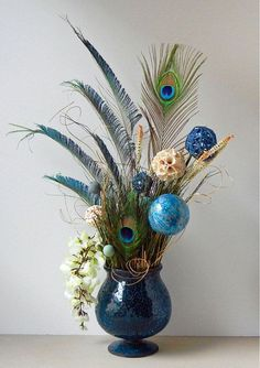 images of non peacock classical floral centerpieces