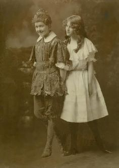 VIvian Martin as Peter and Violet Heming as Wendy in the first American stage revival of Peter Pan, 1907.
