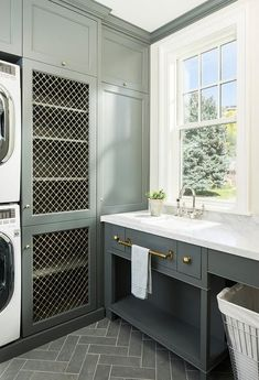 Laundry Room design photos, ideas and inspiration. Amazing gallery of interior design and decorating ideas of laundry rooms by elite interior designers - Page 19 Mudroom Laundry Room, Laundry Room Cabinets, Farmhouse Laundry Room, Laundry Room Organization, Laundry Room Design, Laundry Shelves, Laundry Sorter, Laundry Storage, Shoe Storage