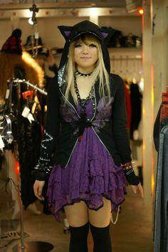 The latest Tokyo fashion trends! Women's punk clothing, heavy metal necklaces, Disney print avantgarde tights... See the photos on LaCarmina blog:  http://www.lacarmina.com/blog/2014/03/fernopaa-tokyo-street-style-avantgarde-stockings/  japanese shop girl, kitty ears jacket