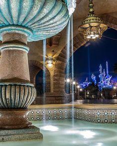 n a y uさんはInstagramを利用しています:「* ㅤ ㅤ Mark Twain Rivarboat ㅤ 35周年仕様になってますね 色鮮やかで可愛かった✩*॰¨̮ ㅤ ㅤ #ディズニー #東京ディズニーランド #東京ディズニーリゾート #ディズニー風景 #ディズニー写真 #ディズニー写真部 #ディズニー好きな人と繋がりたい…」 Disney Resorts, Disney Parks, Disney Pixar, Tokyo Disney Resort, Tokyo Disneyland, Tokyo Disneysea, Mermaid Lagoon, Disney Love, Japan Travel