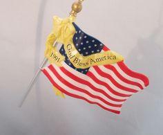 1991 Vintage Hallmark Keepsake Flag of Liberty Ornament Free Shipping