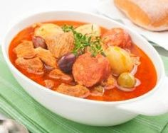 What's Cookin? Tuesdays Are Stews Days Cocido- Spanish Stew Spanish Stew, Sausage Casserole, Roasted Meat, Short Ribs, Chow Chow, Pot Roast, Thai Red Curry, Pork, Yummy Food
