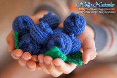 This item includes 1 crochet blueberry!  1,5 inch (3,5 cm) x 1 inch (2,5 cm)  Crochet blueberry intended for kids of all ages.  Kids will be