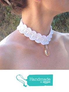 Collier mariage tour de cou crochet choker crochet ras du cou mariage au crochet dentelle style victorien romantique avec pendentif de cristal et bélière / anneau en argent à partir des LilithCreation-Boutique https://www.amazon.fr/dp/B01M7V71SY/ref=hnd_sw_r_pi_dp_ts6eyb5TN7Y1V #handmadeatamazon