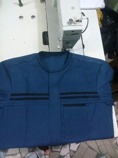 African Wear Styles For Men, African Shirts For Men, African Dresses Men, African Clothing For Men, African Attire, Gents Kurta Design, Boys Kurta Design, Mens Designer Shirts, Designer Suits For Men