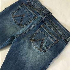 "Delias Morgan Like new 11/12 31"" long Jeans"