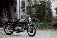 '63 Triton Café Racer - ultimate classic dream machine, good Norton frame coupled with the much better triumph engine.