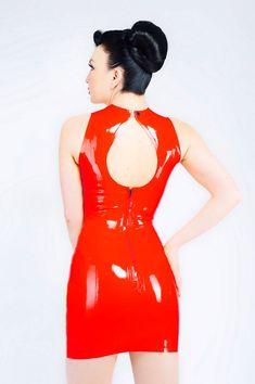 Keyhole LaTeX dress