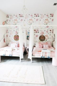 Shared Whimsical Girl Bedroom Reveal - Oh Happy Play Small Girls Bedrooms, Shared Room Girls, Teen Shared Bedroom, Shared Rooms, Sister Bedroom, Bedroom For Twins, Twin Room, Leelah, Girl Bedroom Designs