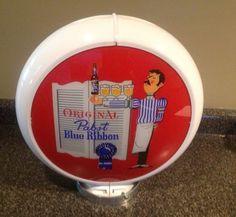 Vintage Pabst Blue Ribbon Beer Gas Pump Globe Sign Old Gas Pumps, Vintage Gas Pumps, Vintage Beer Signs, Homemade Beer, Neon Clock, Old Gas Stations, Pabst Blue Ribbon, How To Make Beer, Beer Brewing
