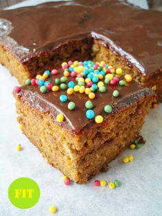Pyry na Gaz: Dietetyczne ciasto marchewkowe bez cukru Krispie Treats, Rice Krispies, Fit, Cereal, Muffin, Meals, Vegetables, Breakfast, Desserts