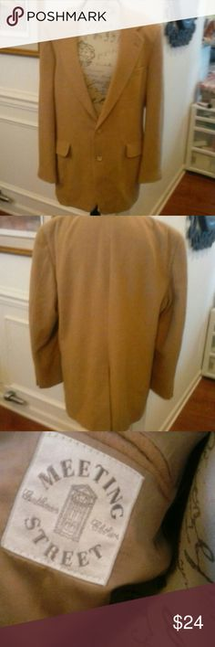 💕Just In💕LN 100% Camel Hair Blazer Size 44 Long Like New Meeting Street 100% Camel Hair Blazer. A pocket on each side inside and out.  You just might mistake this jacket for new! Meeting Street Suits & Blazers Sport Coats & Blazers