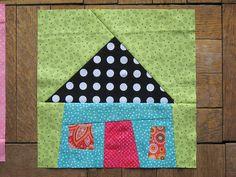 House Quilt Patterns, House Quilt Block, Paper Piecing Patterns, Quilt Blocks, Fiber Art Quilts, Cute Quilts, Tree Quilt, Foundation Paper Piecing, Square Quilt