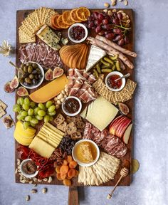 How to Build a Beautiful Cheese and Charcuterie Board with The BakerMama Charcuterie Gifts, Charcuterie And Cheese Board, Cheese Boards, Charcuterie Plate, Candied Walnuts, Roasted Almonds, Healthy Appetizers, Appetizer Recipes, Trader Joe's Cheese
