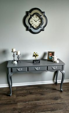 Entryway table painted in granite gray spray paint rustolium
