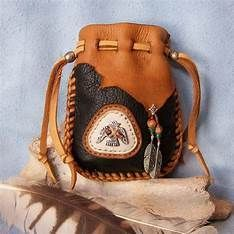 lakota medicine bags for sale, Thunderbird native american style medicine bag with fossil Possibles bag purse medicine bag muskrat and deer skin mountain man native american Brown and tan turtle medicine bag Native American Patterns, Native American Crafts, Native American Fashion, Native American Jewelry, Beaded Purses, Beaded Bags, Leather Pouch, Leather Purses, Leather Totes