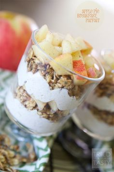 Apple Pie Parfait - Tried and Tasty http://triedandtasty.com/2014/09/apple-pie-parfait/
