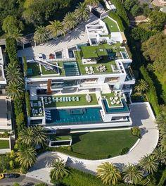 Luxury Homes Dream Houses, Luxury Homes Interior, Luxury Apartments, Bel Air Mansion, Dream Mansion, Mansion Homes, Modern Mansion, Dream House Exterior, Modern House Design