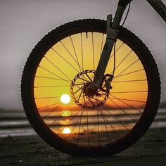 How did you get to work this morning? Beat the traffic and get on ya bike!!! #cycling #coogee #bike #morning #bonditobronte #sunrise by limitless_physio_and_pilates http://ift.tt/1KBxVYg