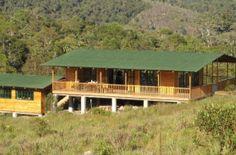 Ulcumano Ecolodge muestra la Reserva de Biósfera en la región Pasco.  A mitad de la selva tropical, en la región Pasco, se halla Ulcumano Ecolodge, un alojamiento de estilo rural, ecológico y sostenible con el medio ambiente, donde se puede realizar diversas actividades relacionadas con el ecoturismo, así como deportes de aventuras.