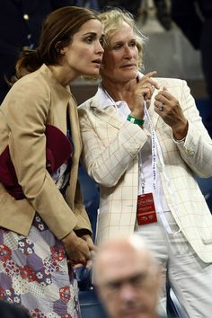 Glenn Close and Rose Byrne Photos Photos - Actors Rose Byrne (L) and Glenn Close look on before the women's singles finals between Serena Williams of the United States and Jelena Jankovic of Serbia during Day 14 of the 2008 U.S. Open at the USTA Billie Jean King National Tennis Center on September 7, 2008 in the Flushing neighborhood of the Queens borough of New York City. - U.S. Open Day 14