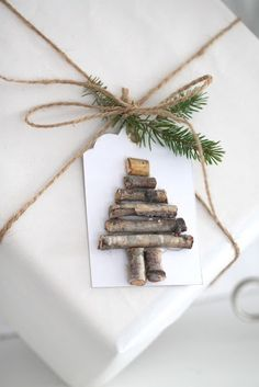 Natural Christmas gift wrapping / Christmastree / Decoration