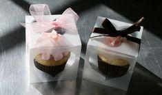 cute cupcake box!