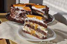 Tort cu crema diplomat   Retete culinare cu Laura Sava Romanian Food, Dessert Recipes, Desserts, Cake Cookies, Vanilla Cake, Sweet Tooth, Bakery, Good Food, Food And Drink