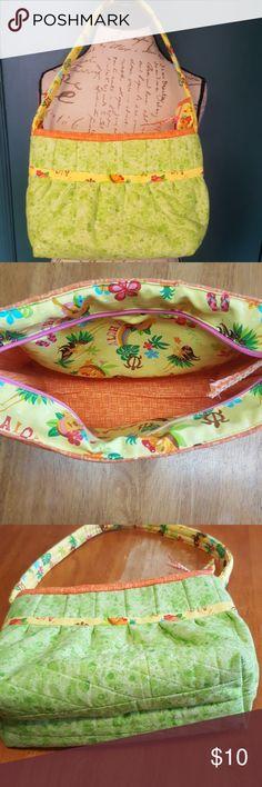 "Hawaiian theme purse 2 pockets inside.9"" H 10"" L 4"" W strap 26"". Bags Satchels"