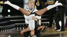 Lil' Kim and Derek Hough - Lol they are adorable!!