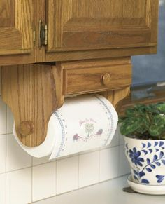 Paper Towel Holder Woodworking Plan from WOOD Magazine