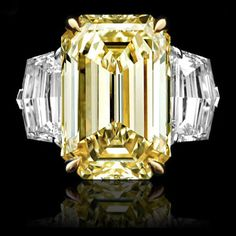 12.19ct Fancy Yellow Diamond Ring