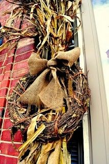 Cleverlyinspired: Fall Front Door Decorating