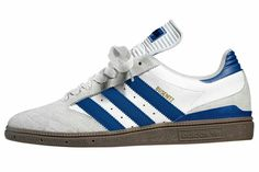 THESE BUSENITZ IN WHITE/BLUE WITH DARK GUM SOLE LOOK V-SIMILAR TO A HAMBURG - A NICE LOOKING SHOE...