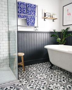 Spectacular victorian bathroom remodel ideas  #bathroom #bathroomremodel #interiordesign #remodelingideas #bathroomdesign