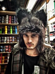 (Michael Malarkey) Raaaaar. Mx