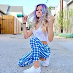 Coco Quinn x( Kids Outfits Girls, Cute Girl Outfits, Girls Fashion Clothes, Girl Fashion, Beautiful Girl Image, Beautiful People, Teen Girl Poses, Actor Picture, Leggings