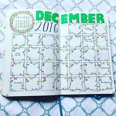I know we've already started December and all, but check out this gorgeous #doodle spread from @orderedlife. Those #christmaslights!・・・ It's the most wonderful time of the year :green_heart::christmas_tree::blush: #bujoinspire #december #planner #simplymy