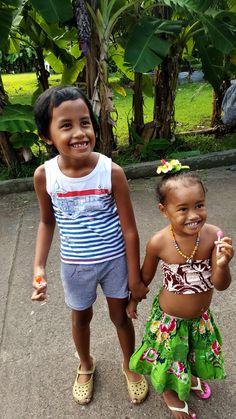 The friendly children.   #Aranui #Marquesas #adventure