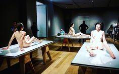 "#Latergram / voir triple avec les saisissantes #sculptures ""That girl"" de #PaulMcCarthy #expo #sculpture #hyperréalisme #museobilbao #Bilbao #artcontemporain #BilbaoMuseum #museobellasartesbilbao"