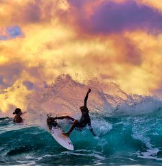 Painting a perfect picture during an evening surf session with Noah Beschen. Photo by Lieber