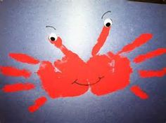 This is such an easy hand print crab! Perfect for an ocean or under the sea theme.