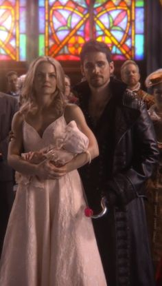 One of my favorite ouat moments. Emma Swan, Ouat, Once Upon A Time Funny, Once Up A Time, Jones Family, Hook And Emma, Killian Jones, Colin O'donoghue, Jennifer Morrison