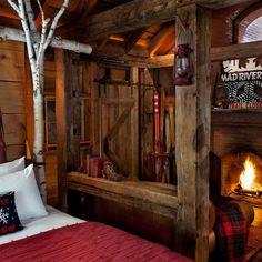 Love the rustic red decor. Cabin Interiors, Rustic Interiors, Farmhouse Bedroom Decor, Rustic Farmhouse, Cabin Homes, Log Homes, Romantic Room, Romantic Bedrooms, Rustic Bedrooms