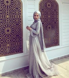 Tesettür Giyim ( Hijab Inspiration on Inst ) Muslim Prom Dress, Hijab Prom Dress, Hijab Style Dress, Hijab Outfit, Homecoming Dresses, Dress Outfits, Muslim Fashion, Modest Fashion, Hijabs