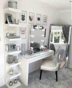 Vanity Room, Vanity For Bedroom, Bedroom Vanities, Mirrored Bedroom, Ikea Vanity, Vanity Shelves, Bedroom Mirror With Lights, Vanity In Closet, Vanity Set Up